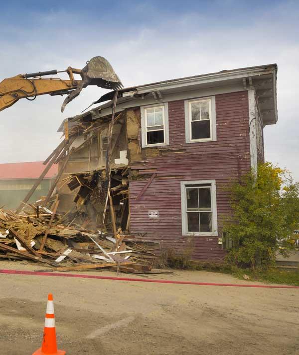 Residential demolition Leamington, Ontario